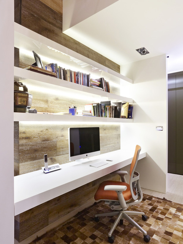 Comfortable Home Office Graphic Design Station. Office Graphic ...